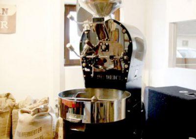 Unser erster Röster ein Diedrich IR7. Die solide Handarbeit dieser Maschinen ermögliche beste Röstkurven