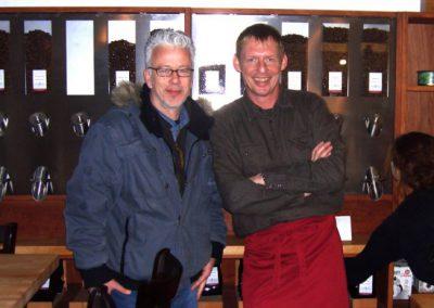 Andreas Risse mit dem Grafiker Michael Koch